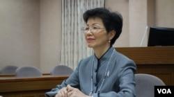 台湾陆委会主委张小月(2017年10月31日 美国之音记者 张佩芝摄)