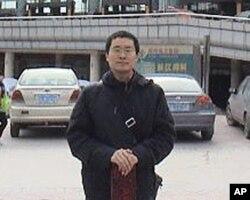 维权律师唐荆陵本人也是强迫失踪的受害者