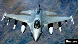 미 공군의 F-16 전투기 (자료사진)