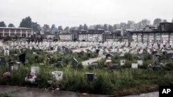 Надгробия на кладбище в Турине. Пьемонт остается одной из областей Северной Италии, наиболее пострадавших от пандемии COVID-19