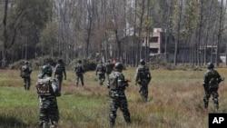 Индийские военные в Кашмире (архивное фото)