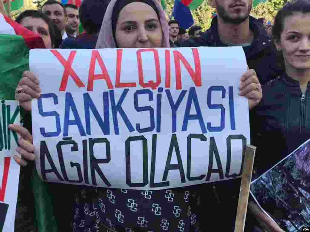 """Milli Şura """"Talana yox!""""şüarı ilə mitinq keçirir"""