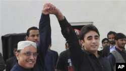 Bhutto ရဲ့ သားငယ္ Bilawal Bhutto Zardari (ယာ)