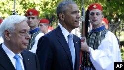 在美国总统奥巴马11月15日抵达希腊访问前,希腊警方对雅典埃莱夫塞里奥斯·韦尼泽洛斯国际机场进行检查
