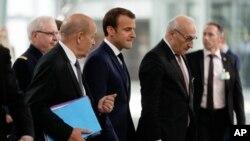 TT Pháp Emmanuel Macron tại thượng đỉnh NATO