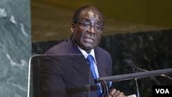 Presiden Zimbabwe Robert Mugabe saat berbicara pada Sidang Umum PBB (23/9). Kesehatan Mugabe dilaporkan memburuk akibat menderita kanker prostat.