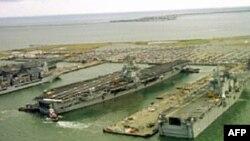 Američka pomorska baza Norfolk, u Virdžiniji, najveća je te vrste u svetu