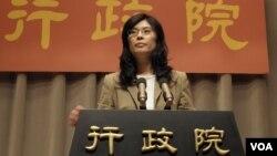 台湾行政院发言人郑丽文(美国之音申华拍摄)