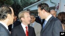 Ο Πρέσβης D. Speckhard με τον ΑΝΥΠΕΞ Δ. Δρούτσα.