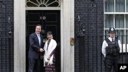 緬甸反對派領袖昂山素姬6月21日在倫敦與英國首相卡梅倫會晤