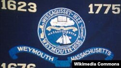 Modern flag of Weymouth depicting its founding in 1622 as Wessagusset