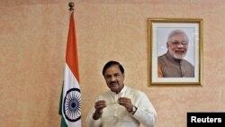 بھارت کے وزیرِ ثقافت مہیش شرما