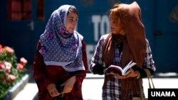 هزاران محصل اناث هم به موسسات تحصیلات عالی راه یافته است