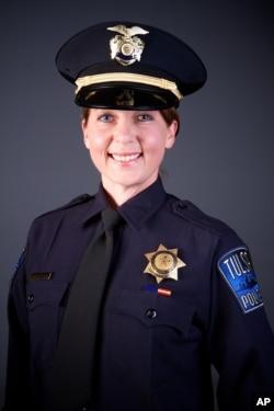 Le département de police de Tulsa Oklahoma a diffusé la photographie de l'officier de police à l'origine du coup de feu, le 16 septembre 2016.