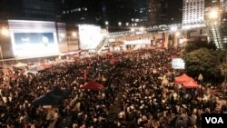香港佔中第13日 中環再現數以萬計人潮