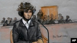 2014年12月18日波士頓馬拉松爆炸案嫌犯焦哈爾薩納耶夫暫短出庭的素描圖像。