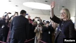 希拉里•克林頓星期五在華盛頓作為美國國務卿﹐最後一次離開美國國務院