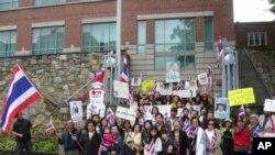 ชาวไทยในสหรัฐฯ ออกมาเคลื่อนไหวแสดงจุดยืนทางการเมืองในฐานะคนไทย