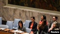 美国常驻联合国代表妮基·黑利在联合国安理会讨论叙利亚局势的会议上发言。(2017年4月12日)
