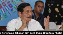 Luhut Binsar Panjaitan, Ketua Panitia Nasional Penyelenggara Pertemuan Tahunan IMF-Bank Dunia memberikan arahan final hari Sabtu (6/10) tentang persiapan, pendaftaran, keamanan dan daerah-daerah penyangga di luar Bali.