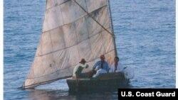 Desde el primero de octubre, el Distrito 7 de la Guardia Costera calcula que 2.770 cubanos han intentado llegar ilegalmente por vía marítima.