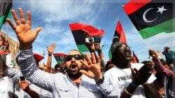 مردم در شهر طرابلس پس از شنیدن خبر کشته شدن قذافی به شادمانی پرداختند. ۲۰ اکتبر ۲۰۱۱