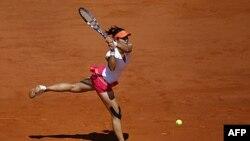 Tay vợt Trung Quốc Li Na trong trận bán kết giải Pháp Mở Rộng
