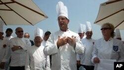 Walter Scheib, de 61 años, centro, trabajó como chef para Bill Clinton y George W. Bush.