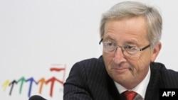 Chủ tịch nhóm các Bộ trưởng Tài chính khu vực đồng euro Jean-Claude Juncker tại một cuộc họp báo ở Wroclaw, Ba Lan