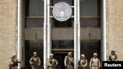 El ataque se produjo al parecer con cohetes contra la sede de la embajada de EE.UU. en Kabul.