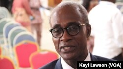 Honoré Fiadjoe, à Lomé, Togo, le 27 novembre 2017. (VOA/Kayi Lawson)