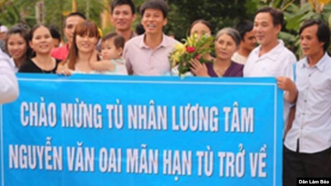 Tù nhân lương tâm Nguyễn Văn Oai được tự do ngày 02 tháng 8 năm 2015. (Ảnh: Dân Làm Báo)