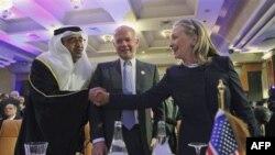 Klinton: Suriya rahbari qatliom uchun javob beradi