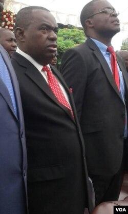 UMajor General Sibusiso Moyo labanye abafungiswe nguMnangagwa