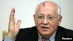 """""""El mundo está al borde de una nueva Guerra Fría"""", dijo el exlíder de la antigua Union Sovietica Mkhail Gorbachov."""