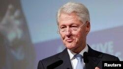 El gobierno de Panamá aplaudió la participación del expresidente Bill Clinton en el foro de la sociedad civil.