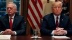 Ông Mattis và ông Trump trong một cuộc họp hồi tháng Mười.