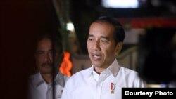 Presiden Jokowi dalam konferensi pers di Alun-Alun Purworejo, Jawa Tengah, Kamis (29/8) mengimbau masyarakat Papua untuk tetap tenang. (Foto: Biro Setpres RI)