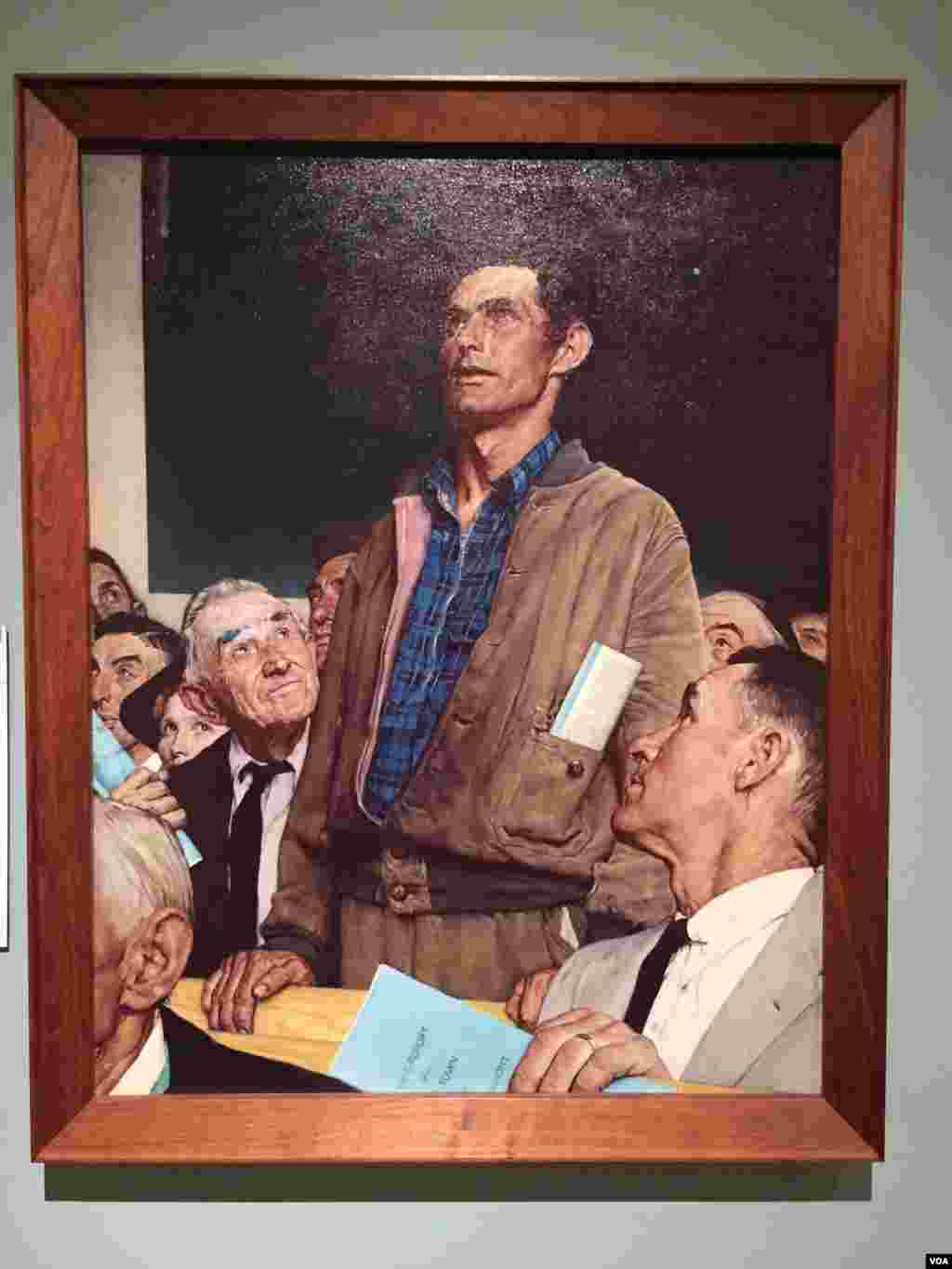 Rockwell's Freedom of Speech painting was inspired by a lone dissenter's passionate remarks at a Vermont town meeting. (J.Taboh/VOA)