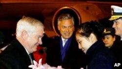 蓋茨抵達北京正式展開訪問行程。