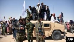 د امریکا په ګډون یو شمېر نورو هیوادونو هم په اختر کې د افغان حکومت او طالبانو ترمنځ د اوربند هر کلی کړی دی