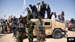 ولسمشر غني په خپل ټویټر کې د طالبانو له دغه اقدام نه هرکلیکړی.