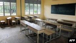 Une classe vide à Libreville après le lancement par les enseignants du Gabon d'une grève d'un mois dans les écoles du pays, le 5 janvier 2016.