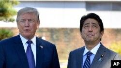 日本首相安倍(右)和美國總統川普。