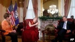 Đức Đạt Lai Lat Ma hội đàm với Dân biểu John Boehner và Nancy Pelosi