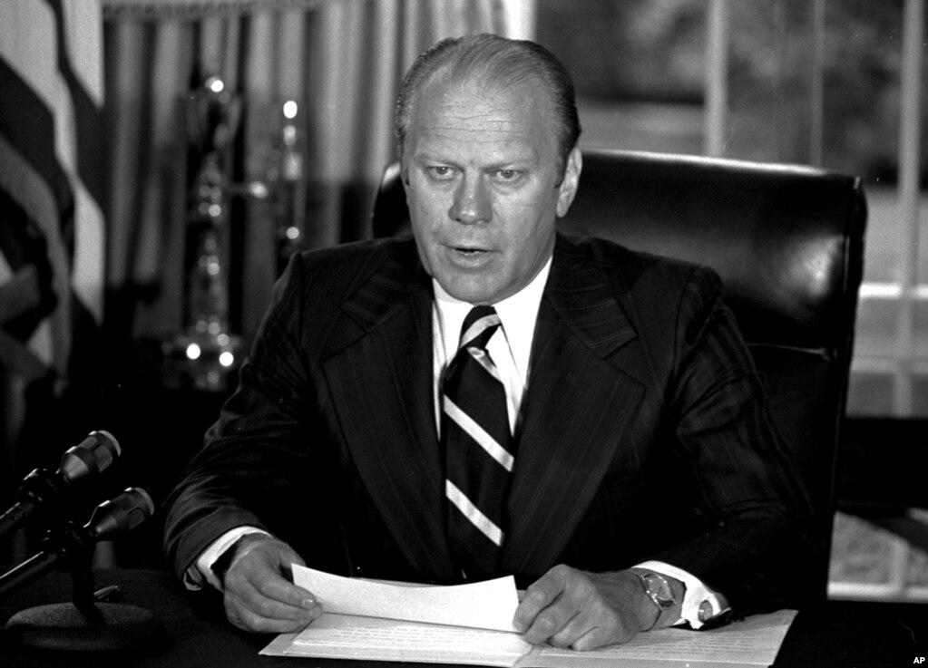 1974年9月8日,美国总统福特在白宫。福特号以美国第三十八任总统,二战期间海军少校杰拉尔德·福特的名字命名。