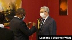 Presidentes Úmaro Sissoco Embaló (esq) e Jorge Carlos Fonsenca (dir) em Bissau, 18 de Janeiro de 2021