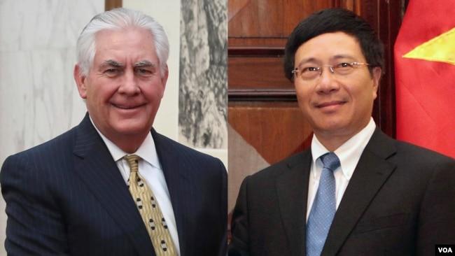 Ngoại trưởng Mỹ Rex Tillerson (bên trái) và Ngoại trưởng Việt Nam Phạm Bình Minh.
