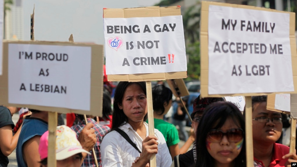 File Indonesian Activists Hold Posters During A Protest Demanding Equality For Lesbian