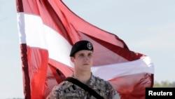 Латвійський військовослужбовець (архівне фото)
